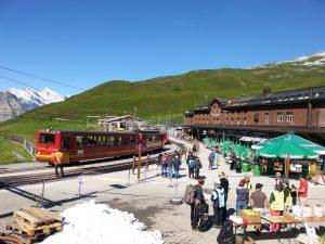 Jungfraubahn-station Kleine Scheidegg