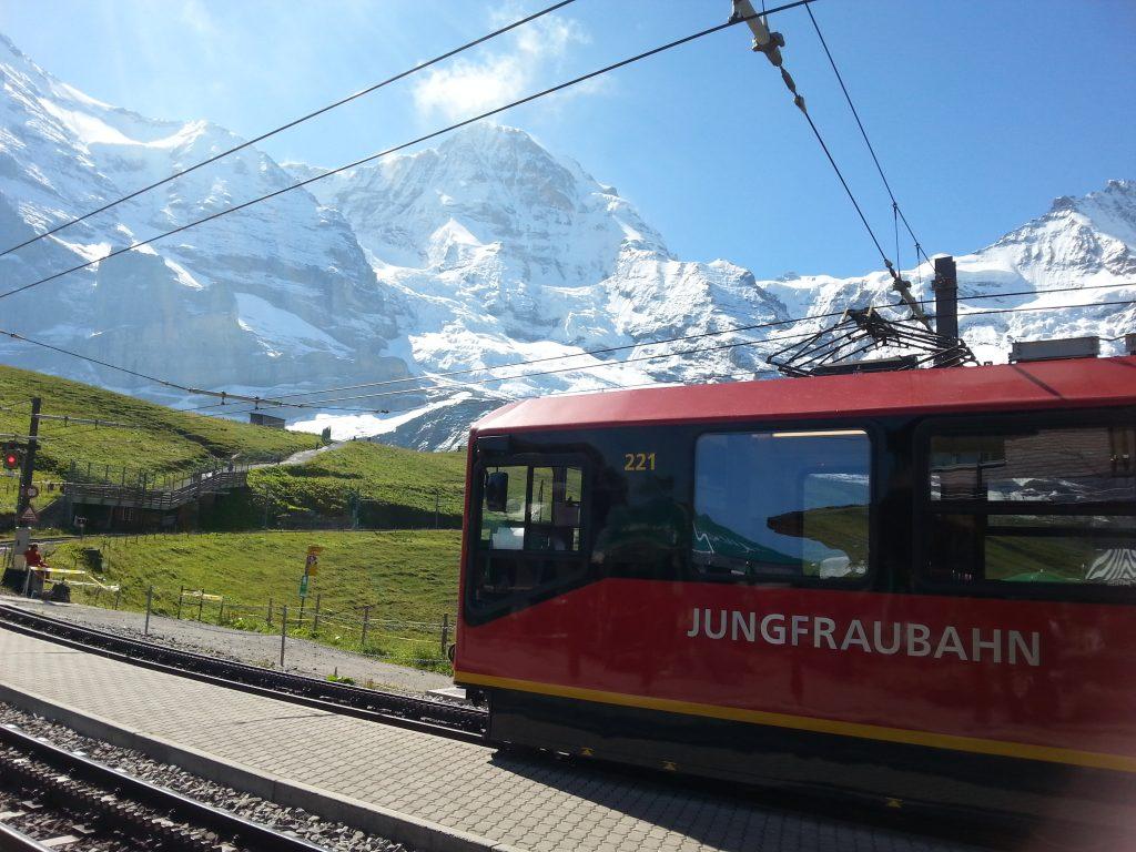 Jungfraubahn-treinstation Kleine Scheidegg
