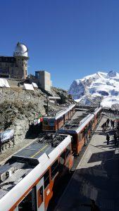 Gornergrat Bahn-bergstation-treinen